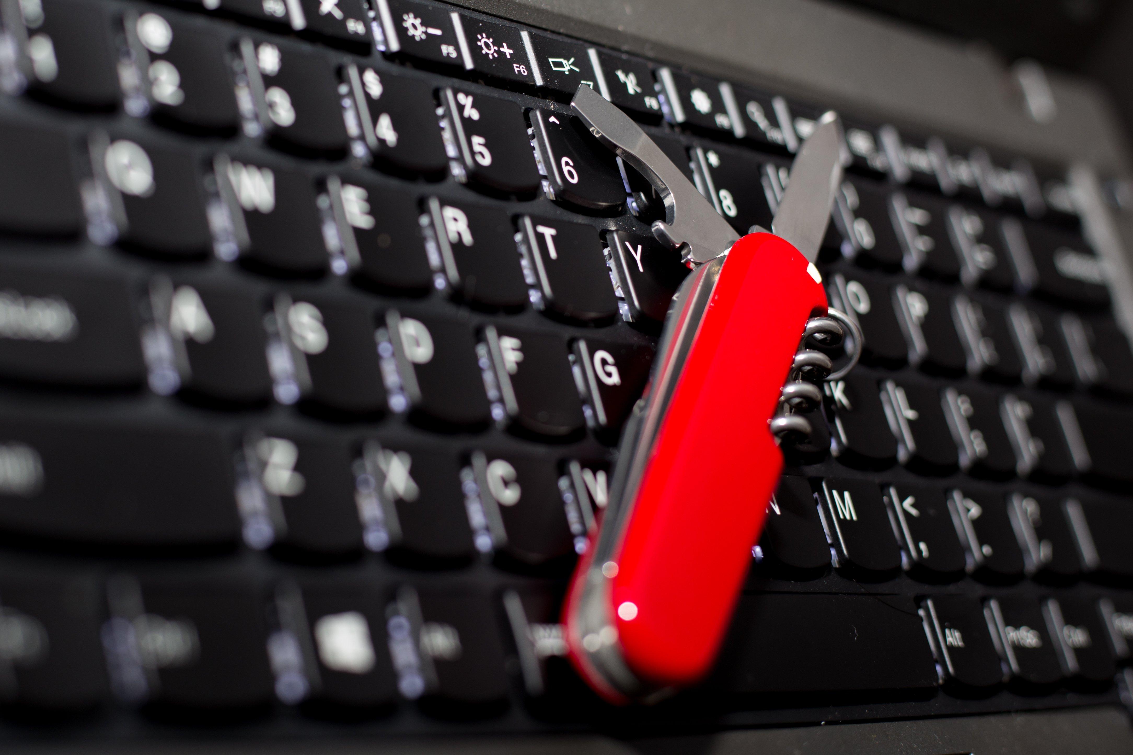 Hybrid ICO? Overstock's tZERO to Build Services Into Security Token