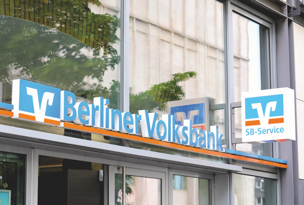 major-german-coop-bank-passes-negative-interest-rates-to-customers