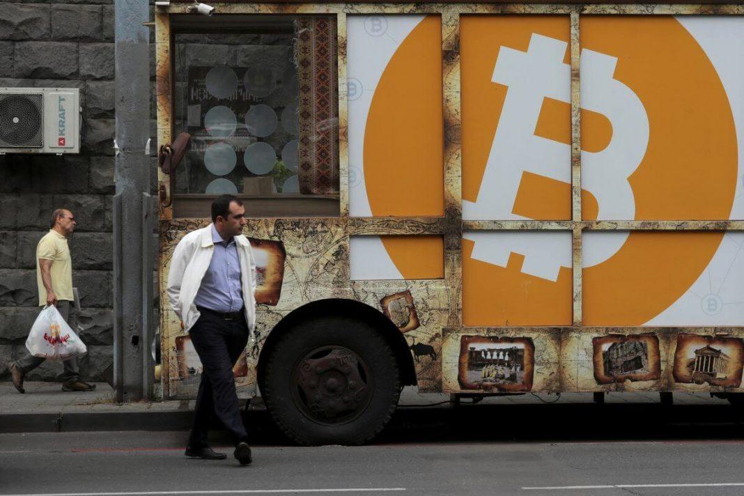 bitcoin-beats-gold-in-safe-haven-battle-as-coronavirus-death-toll-rises