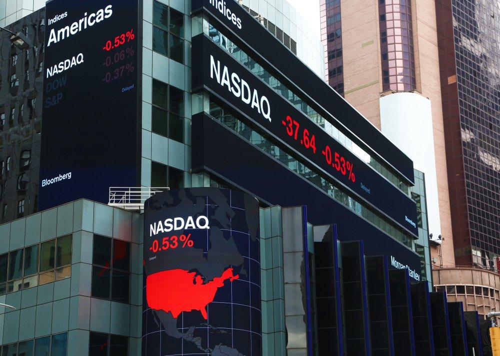 Dow Jones, Nasdaq Flash Red at Thursday's Opening Bell