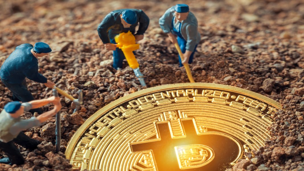 pakistan-to-set-up-two-state-owned-bitcoin-mining-farms-to-help-boost-economy